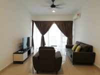 Pinnacle tower/bora residence centrally located in jb city